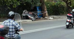 Auto travolge scooter 2 morte Roma Via Cassia